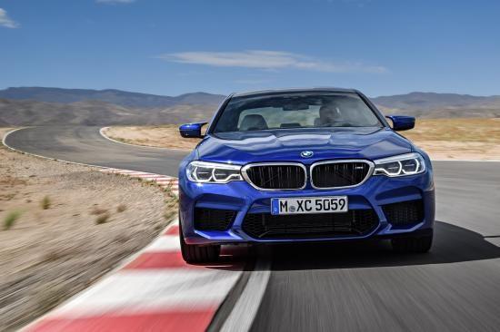 BMW trình làng sedan hiệu suất cao M5 2018 ảnh 23