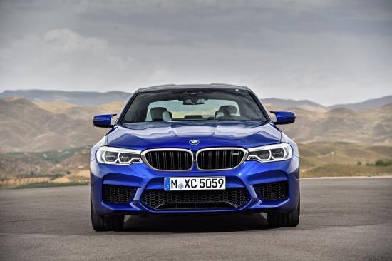 BMW trình làng sedan hiệu suất cao M5 2018 ảnh 12