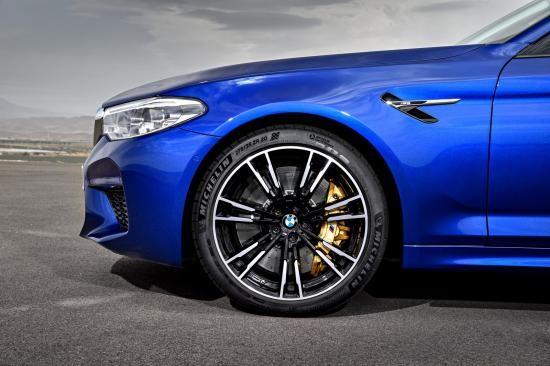 BMW trình làng sedan hiệu suất cao M5 2018 ảnh 25