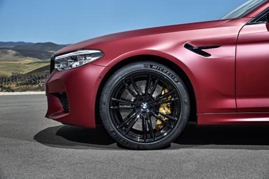 BMW trình làng sedan hiệu suất cao M5 2018 ảnh 39