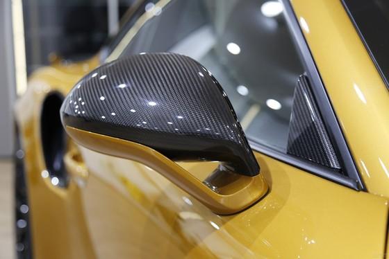 Porsche 911 Turbo S Exclusive Series có giá chỉ hợp với nhà giàu tại đất nước tỷ dân - Ảnh 10.