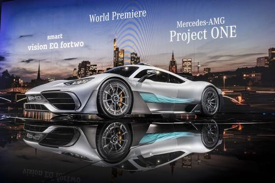Vẻ đẹp xuất sắc của xe đua Công thức 1 đường phố Mercedes-AMG Project One ngoài đời thực - Ảnh 4.