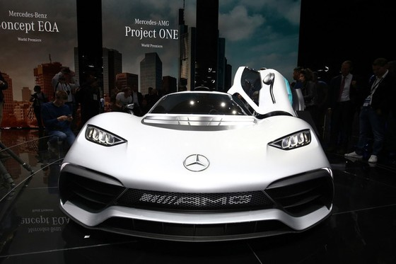 Vẻ đẹp xuất sắc của xe đua Công thức 1 đường phố Mercedes-AMG Project One ngoài đời thực - Ảnh 13.
