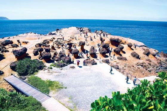 Kiệt tác thiên nhiên công viên địa chất Dã Liễu  ảnh 2