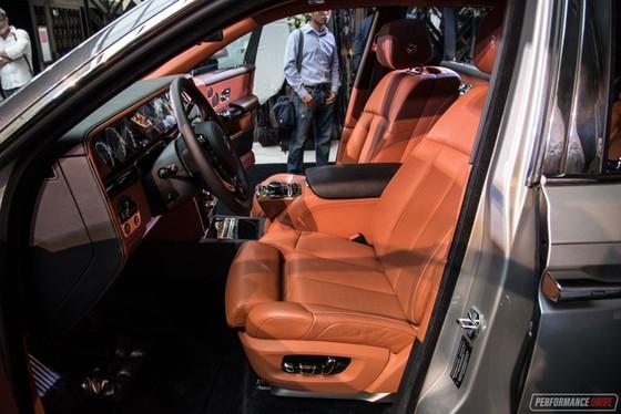 Xe siêu sang Rolls-Royce Phantom 2018 có giá khởi điểm lên gần 744.000 USD - Ảnh 11.