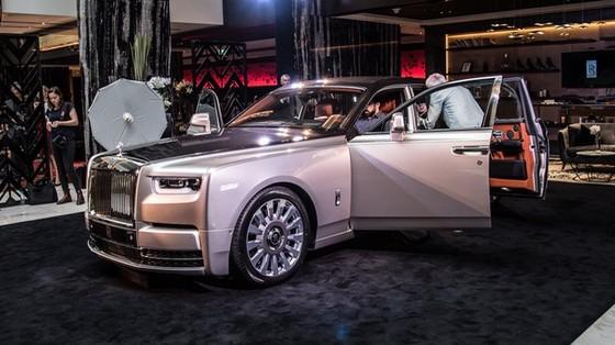 Xe siêu sang Rolls-Royce Phantom 2018 có giá khởi điểm lên gần 744.000 USD