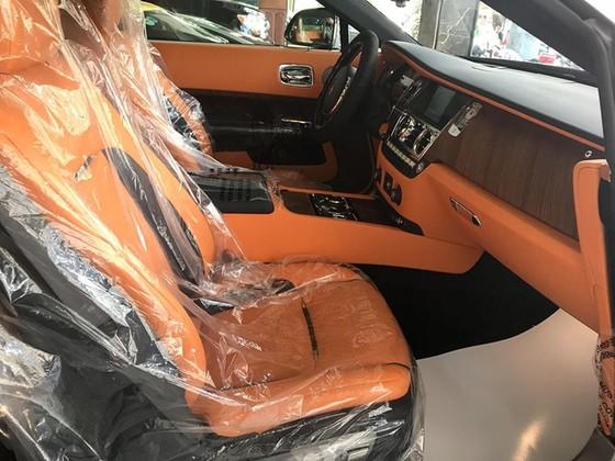 Rolls-Royce Dawn 25 tỷ Đồng bất ngờ xuất hiện tại Sài thành - Ảnh 14.