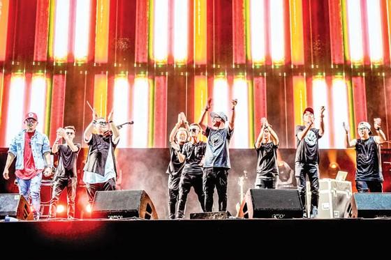 Đại tiệc âm nhạc quốc tế Gió mùa 2017 ảnh 1