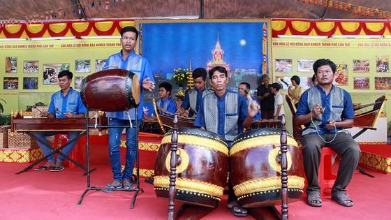 Tưng bừng ngày hội văn hóa Khmer Nam bộ - Ảnh 11.