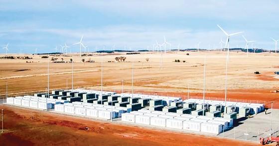 Pin lithium lớn nhất thế giới ảnh 1