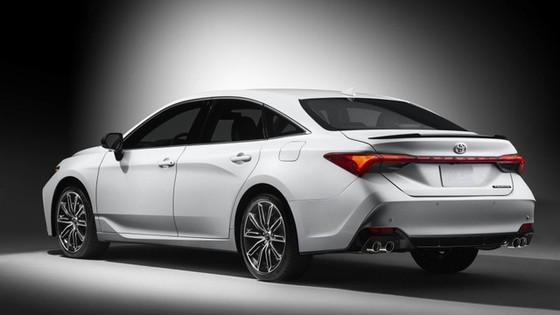 Toyota Avalon 2019 chính thức lộ diện - Ảnh 2.
