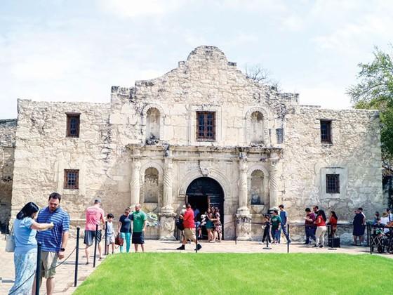 Thiên anh hùng Alamo ảnh 6