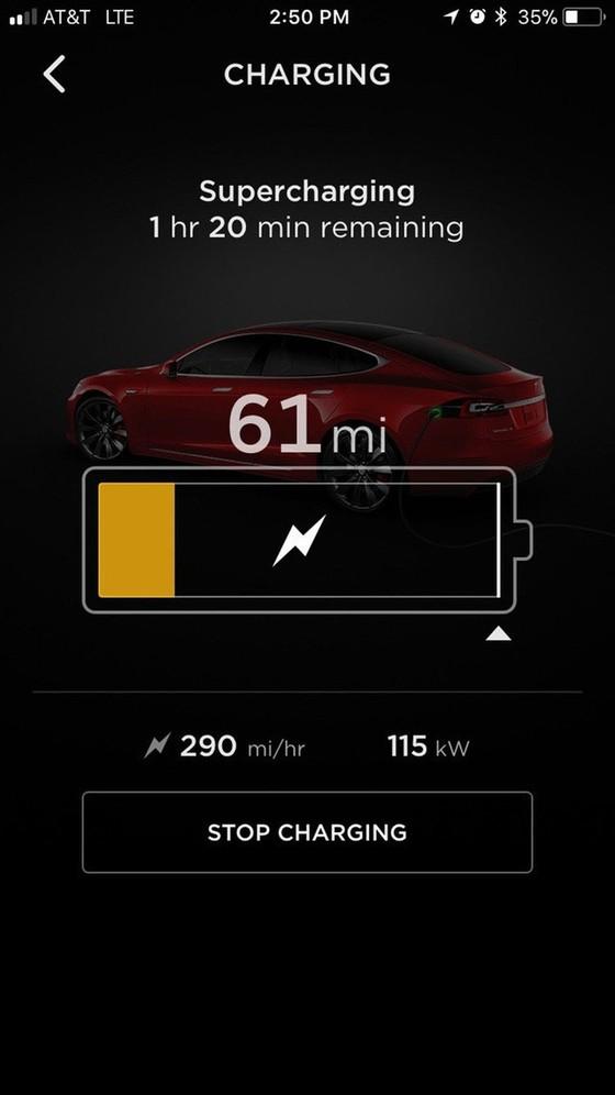 Bên trong trạm sạc điện cho xe ô tô Tesla hiện đại, nội thất chẳng kém gì khách sạn hạng sang, dự kiến bố trí thay các trạm xăng truyền thống - Ảnh 12.