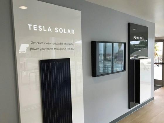 Bên trong trạm sạc điện cho xe ô tô Tesla hiện đại, nội thất chẳng kém gì khách sạn hạng sang, dự kiến bố trí thay các trạm xăng truyền thống - Ảnh 17.