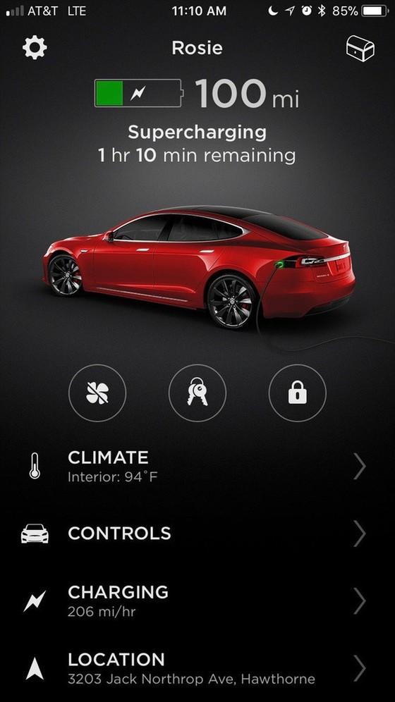 Bên trong trạm sạc điện cho xe ô tô Tesla hiện đại, nội thất chẳng kém gì khách sạn hạng sang, dự kiến bố trí thay các trạm xăng truyền thống - Ảnh 5.