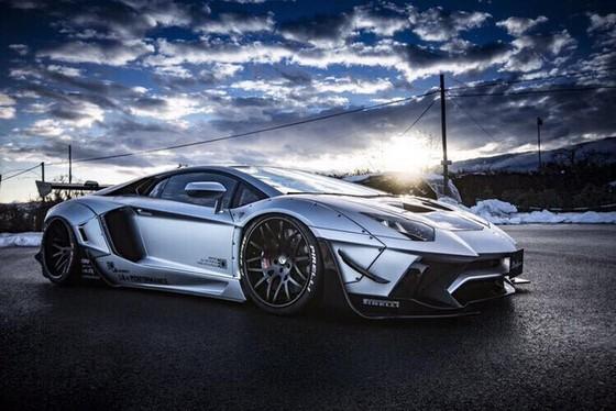 Chiêm ngưỡng Lamborghini Aventador độ kit phiên bản giới hạn từ Liberty Walk sắp xuất hiện tại Việt Nam - Ảnh 7.
