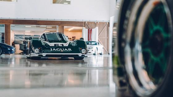 Đây là kho tàng xe cổ bí mật của Jaguar Land Rover - Ảnh 6.