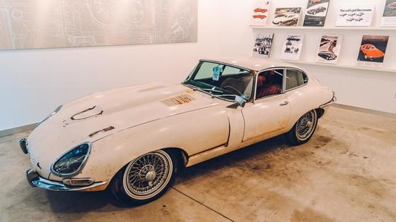 Đây là kho tàng xe cổ bí mật của Jaguar Land Rover - Ảnh 14.