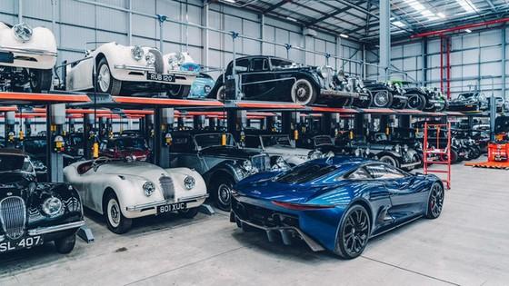 Đây là kho tàng xe cổ bí mật của Jaguar Land Rover - Ảnh 28.