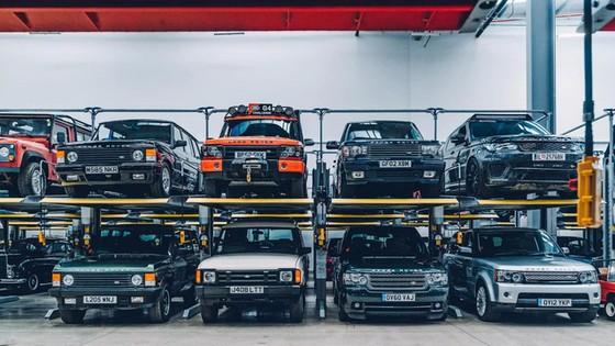 Đây là kho tàng xe cổ bí mật của Jaguar Land Rover - Ảnh 40.