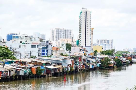 Nan giải lấn sông, lấp kênh rạch (B2): Thách thức môi trường sống ảnh 1