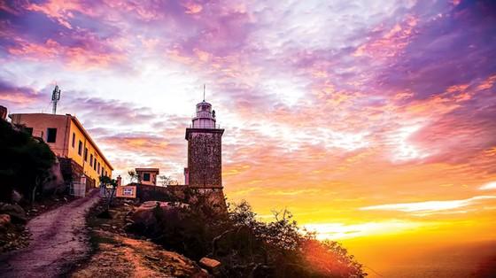 Tuyệt cảnh bờ biển Nam Trung Bộ ảnh 6