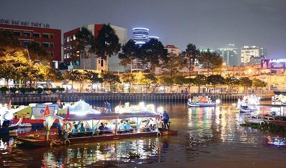 Sông nước Sài Gòn ảnh 1