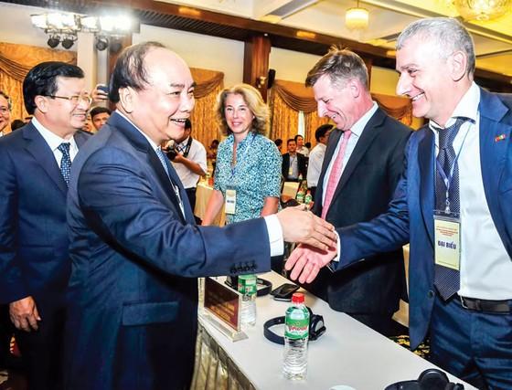 Chế biến gỗ và lâm sản xuất khẩu: Hướng đến mục tiêu 18-20 tỷ USD ảnh 1
