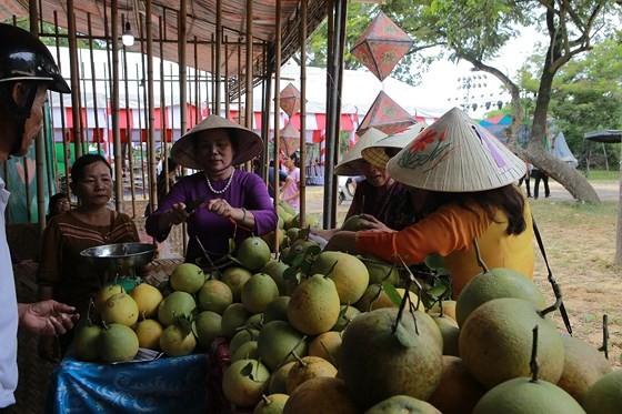 Độc đáo lễ hội Thanh Trà – hương vị xứ Huế ảnh 2