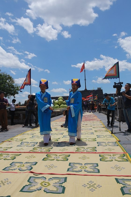 Độc đáo lễ hội Thanh Trà – hương vị xứ Huế ảnh 10