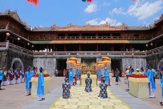 Độc đáo lễ hội Thanh Trà – hương vị xứ Huế ảnh 12