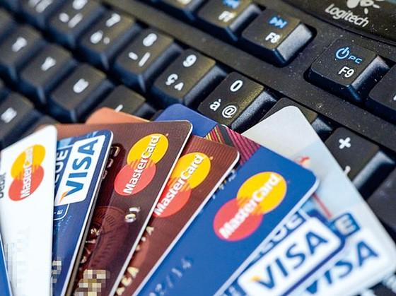 Cẩn trọng cõng nợ từ thẻ ảnh 1