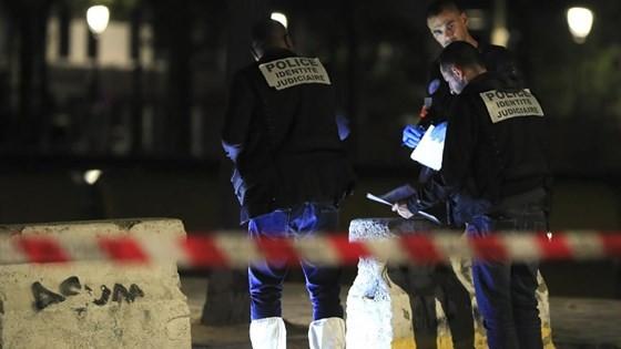 Tấn công bằng dao tại thủ đô Paris, Pháp, nhiều người bị thương ảnh 1