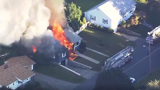 Hàng chục vụ nổ khí gas ở ngoại ô Boston, ít nhất 6 người bị thương