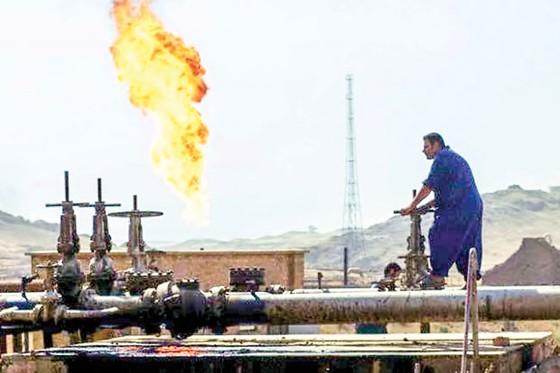 Quyền lực dầu mỏ: Lên đỉnh - xuống đáy ảnh 1