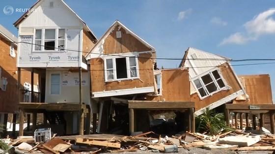 Quân đội Mỹ khẩn trương tìm kiếm người sống sót sau khi bão Michael quét qua Florida ảnh 1
