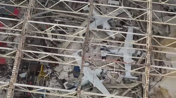 Siêu bão Michael tấn công Florida: 17 người chết, một căn cứ quân sự bị san bằng, cả thị trấn bị xóa sổ ảnh 13