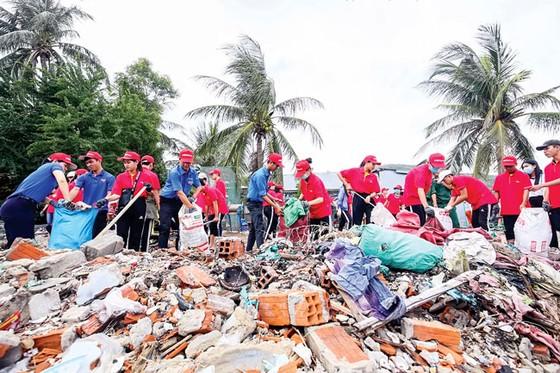 """Vietjet  và chiến dịch """"Hãy làm sạch biển"""" 2018 ảnh 3"""