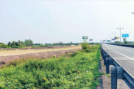 Cao tốc BOT Trung Lương - Mỹ Thuận: Lời ăn, lỗ ký lại? ảnh 1