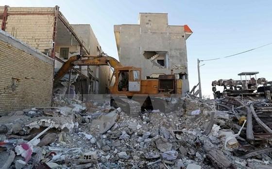 Cảnh đổ nát sau trận động đất ở Kermanshah, Iran vào tháng 11-2017 khiến hàng trăm người chết. Nguồn: TTXVN