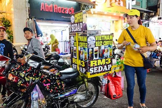 Tìm lối đi riêng vào ASEAN và Trung Quốc ảnh 1