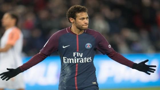 Neymar sẽ phải dưỡng thương đến 6 tuần.