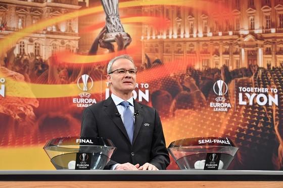 Lễ bốc thăm bán kết Europa League ở Nyon