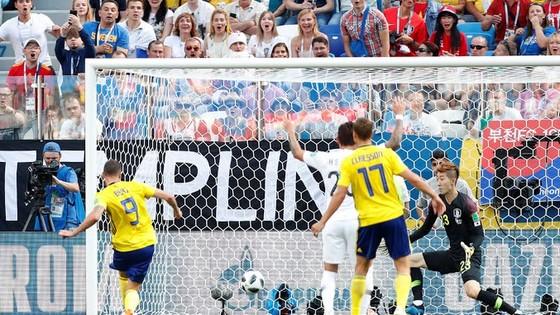 Thụy Điển - Hàn Quốc 1-0, VAR lại gây tranh cãi với quả 11m ảnh 3