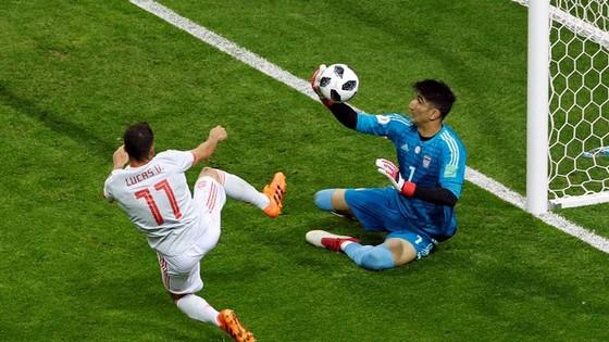 Iran - Tây Ban Nha 0-0, phòng thủ bê tông ảnh 3