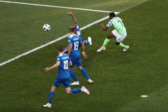 Nigeria – Iceland 2-0, Musa tung cánh Siêu đại bàng ảnh 2