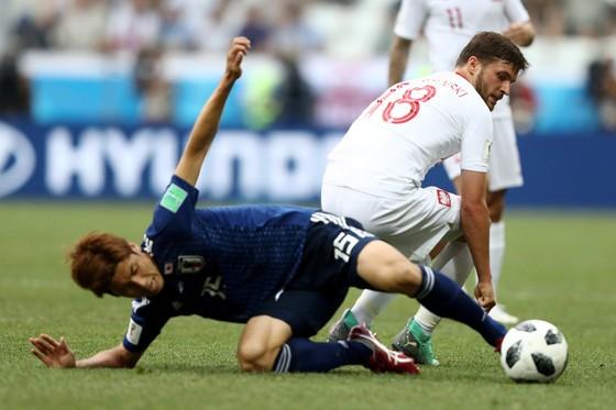 Nhật Bản may mắn giành quyer62n đi tiếp dù thua Ba Lan