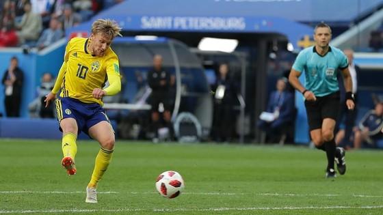 Thụy Điển - Thụy Sĩ 0-0, Ưu thế của xứ sở đồng hồ? ảnh 4