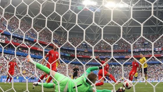 Thụy Điển - Anh 0-2: Tam Sư đẩy cao đội hình tấn công ảnh 5