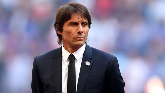 Antonio Conte đã bọi sa thải.